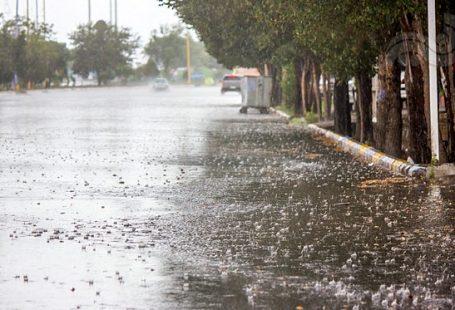 خیابان بارانی